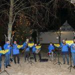 Stadtteilverein St. Ilgen: Weihnachtsbaum vor altem Rathaus aufgestellt
