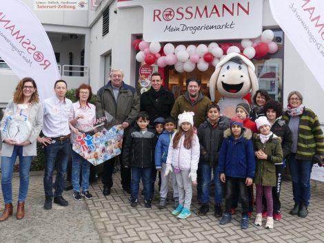 Dt. Kinderhilfswerk und Rossmann unterstützen Vorbereitungsklasse in Nußloch mit 1.000€