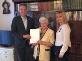 Anna Hiznak zum 90. Geburtstag – </br>OB Hans Reinwald gratulierte persönlich