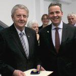 Walter Müller erhält Stadtmedaille in Gold – 40 Jahre im Vorstand der Sozialstation