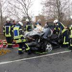 Frontalkollision auf B3 – 2 Schwerverletzte – Polizeimeldung mit Unfallhergang