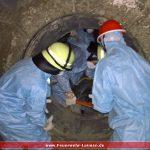 Feuerwehr Leimen übt Schachtrettung in der Zementmühle
