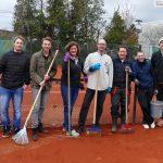 13 Tennis-Außenplätze des TC Blau-Weiß Leimen - Viel Pflegearbeit für Vereinsmitglieder