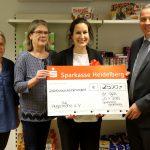 Sparkasse Heidelberg spendet 2.500 Euro an die Tafel Leimen