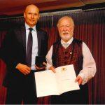 Dieter Degreif mit der Staufermedaille des Ministerpräsidenten ausgezeichnet