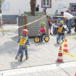 Mit maximalem Speed und Kurvenlage per Laufrad durch den Parcours
