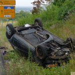 Leimen: L600 - Fahrerin kommt von der Fahrbahn ab und überschlägt sich