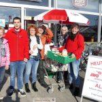 AWo Lebensmittelsammlung vor Sandhäuser REWE – Danke für Ihre Spenden!