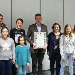 Kinder und Jugendliche der Bahá'i-Gemeinde zu Gast im Campus