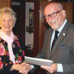 Wera Fetzer zum 90.Geburtstag - Stadtrat Richard Bader gratuliert