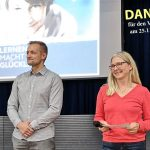 """Volle Aula beim Vortrag """"Lernen macht glücklich"""" am Fr.-Ebert-Gymnasium Sandhausen"""