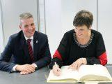 Neue Regierungspräsidentin Sylvia Felder besucht Leimen