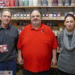 Kerzen Reidel und Leimenblog spenden für AWo Lädle und ehrenamtliche Helfer