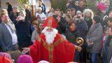 """Schöner Leimener Weihnachtsmarkt: </br>Erstmals kam der """"echte"""" Bischof Nikolaus"""
