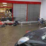 Nußloch: 76-Jährige  fährt durch Schaufenster in Penny-Einkaufsmarkt – vier Verletzte