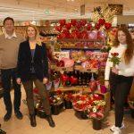 Valentinstagsaktion bei EDEKA Walter erbringt 900 € für Bildungsfahrt