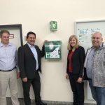 Erste-Hilfe-Defibrillator im Bäderpark Leimen - Kann auch von Laien bedient werden