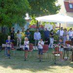 Denkwürdiges Picknickdecken-Konzert der Musikschule im Menzerpark