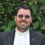 """Gott als Wegbegleiter"" - Erzbischof Burger weiht Francesco Durante zum Priester"
