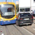 Höhe Leimen Turmgasse – Unfall zwischen Straßenbahn und Geländewagen