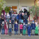 Kindergarten-Kinder auf Exkursion ins Weingut – Wegen des leckeren Apfelsaftes