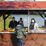 FEG-Schulzentrum: Bäckerei Breiter coronabedingt mit Pausenhof Verkaufsstand