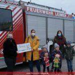 Adventskränze der Feuerwehr-Bastelfrauen bringen Freude