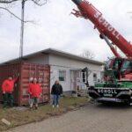 "Platzmangel: Sandhäuser AWo-Lädle bekommt ""Anbau"" per Scholl-Kran"