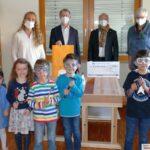 Lions Club Leimen spendet St. Mauritius Kindergarten 1.000 Euro für Werkbänke