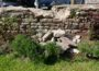 Vandalismus im Kirchgarten der Mauritiuskirche – Trockenmauer beschädigt