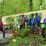 Eismann spendet Apfelbäumchen an Kindergärten (und Eis an die Kinder)