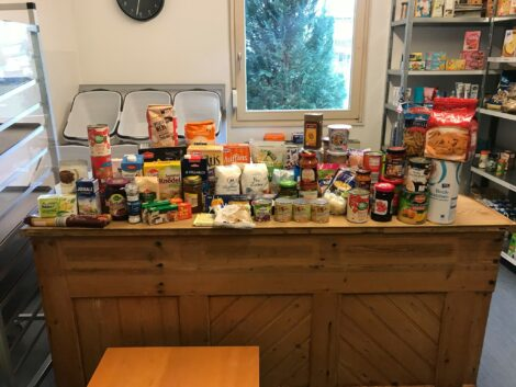 Lebensmittel-Sammelaktion für das AWO Lädle Sandhausen – Samstag vor REWE