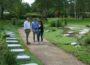 Erstes gärtnergepflegtes Grabfeld auf dem Waldfriedhof St. Ilgen eingeweiht