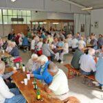 Musik und gute Stimmung beim Waldfest für Senioren in Sandhausen