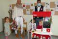 REWE-Markt spendiert dem Kindergarten St. Mauritius vier Spielzeug-Kaufläden